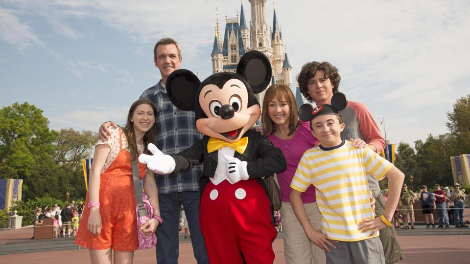 ABCs ″The Middle″ Tapes Season Finale At Walt Disney World