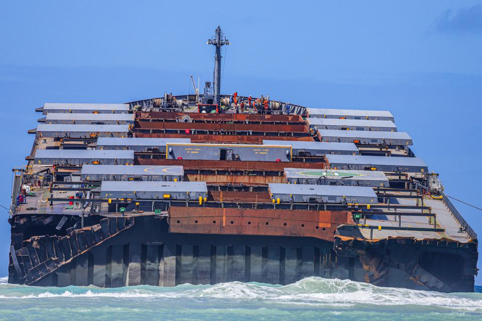 17 Aug: the Wakashio was one of the largest ships in the sea when it crashed into Mauritius' reefs