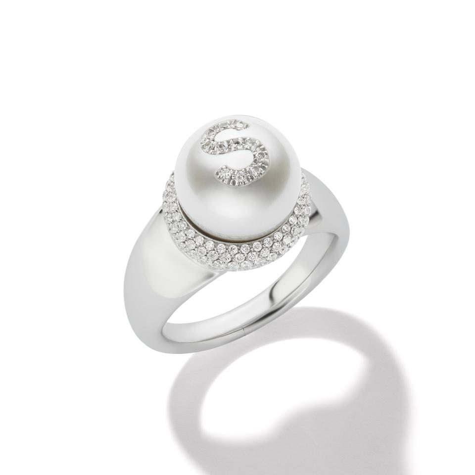 A pearl, white gold and diamond ring from the W.Rosado Pearl ID collection