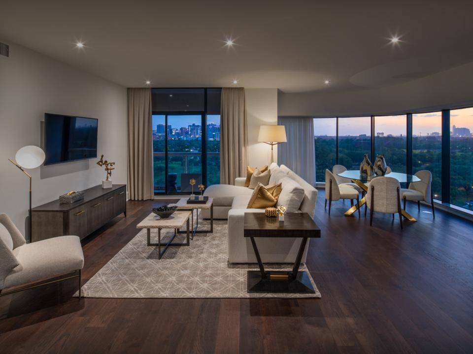 living area Parklane, Houston