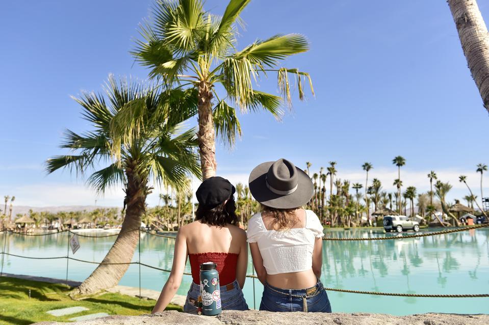 Palm Springs, vacation homes, vacation rental profits, California