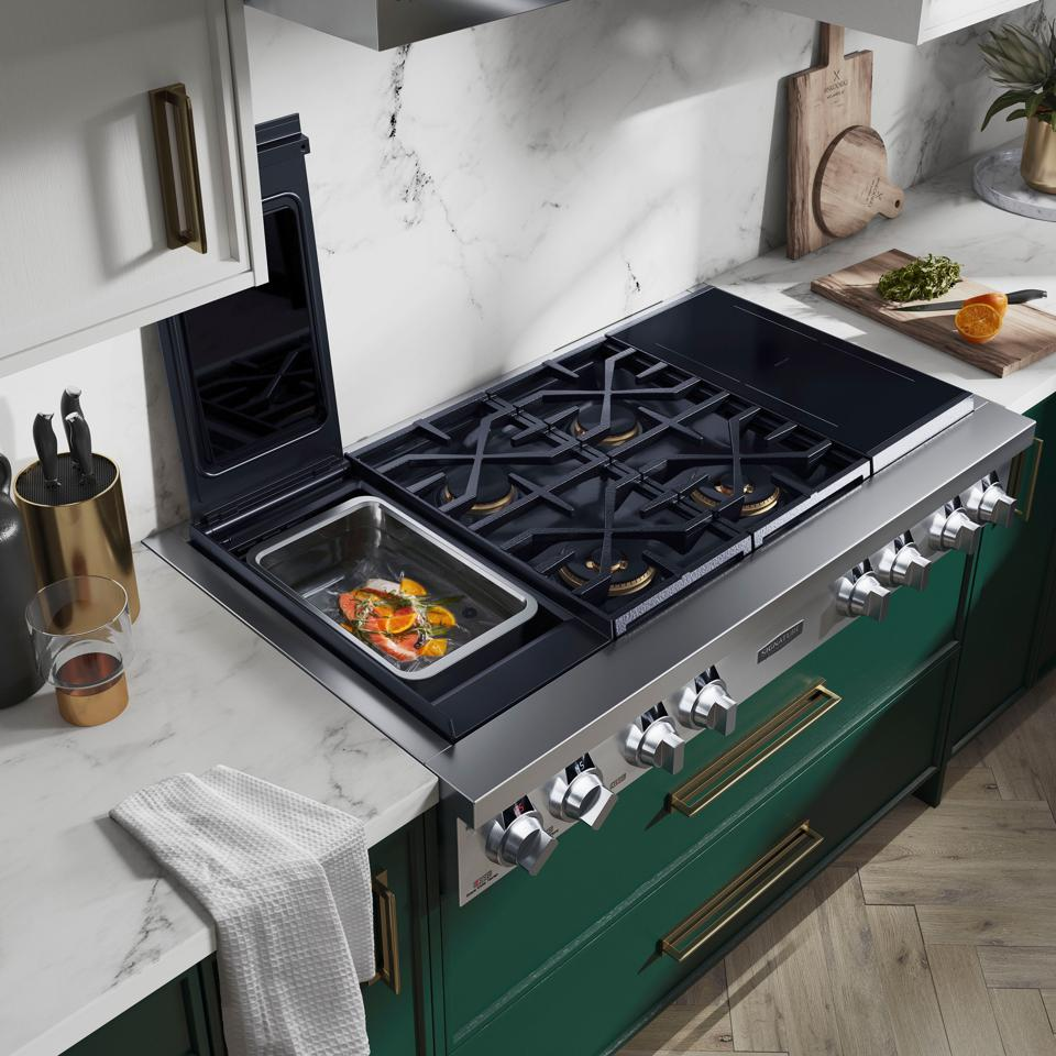 Pro-style residential cooktop with sous vide built in.