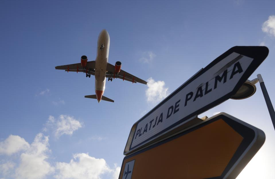 Tourism Mallorca COVID-19 coronavirus Airsiders Health Compass restrictions