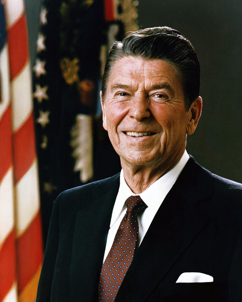 Official Portrait of President Ronald Reagan, 1981. Ronald Wilson Reagan (February 6, 1911 - June 5, 2004) was the 40th President of the United States (1981-1989) and the 33rd Governor of California (1967-1975).