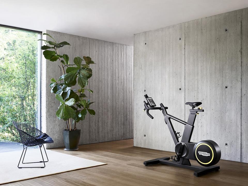 Technogym skillbike indoor exercise bike