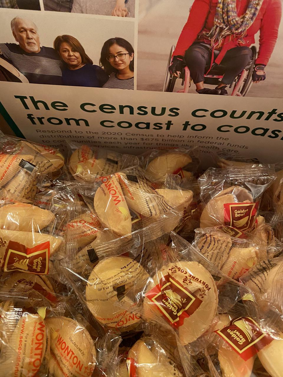 Fortune cookies with census messages