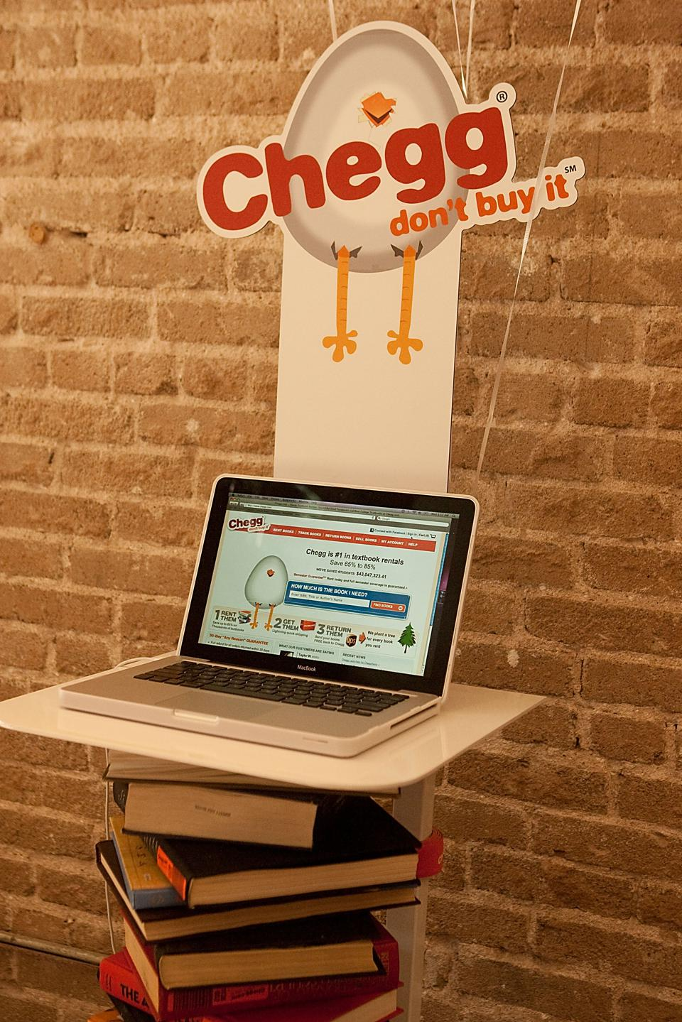 Chegg.com Campus Takeover's ″Late Night with Chegg″ - Austin