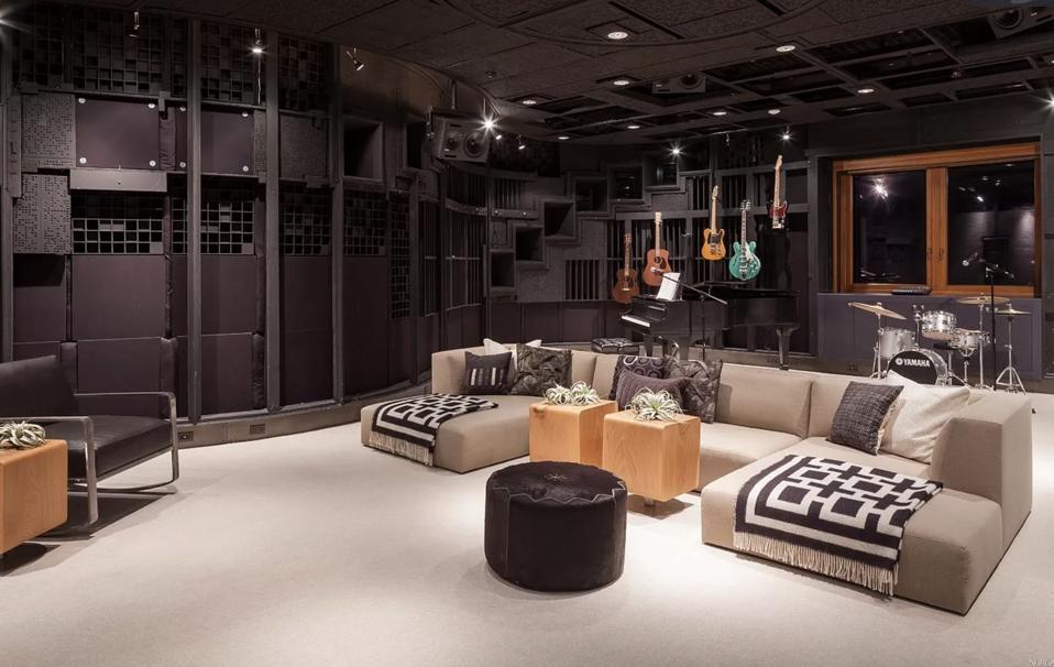 Bill Graham, guitars, living room, amplifiers