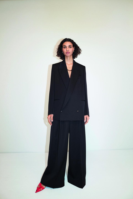 Bottega Veneta: Tailored jacket and trousers in Sartorial Grain de Poudre