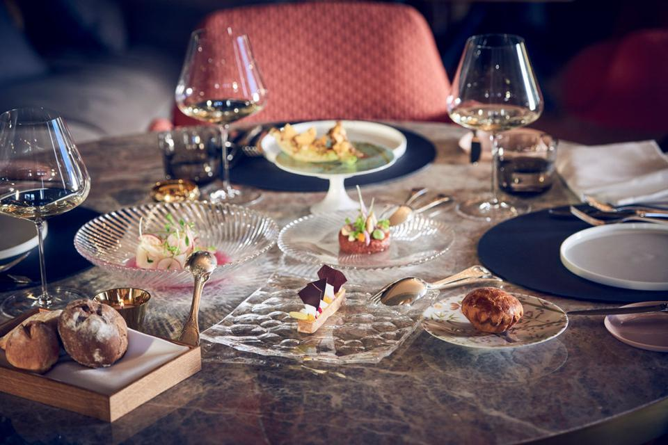 Igniv, overseen by celebrated chef Andreas Caminada serves creative small plates has 2 Michelin Stars.