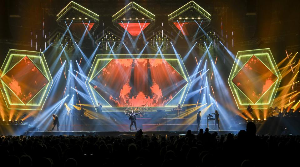 Trans Siberian Orchestra 2020 Christmas Special Trans Siberian Orchestra Turns Out The Lights On 2020 Tour