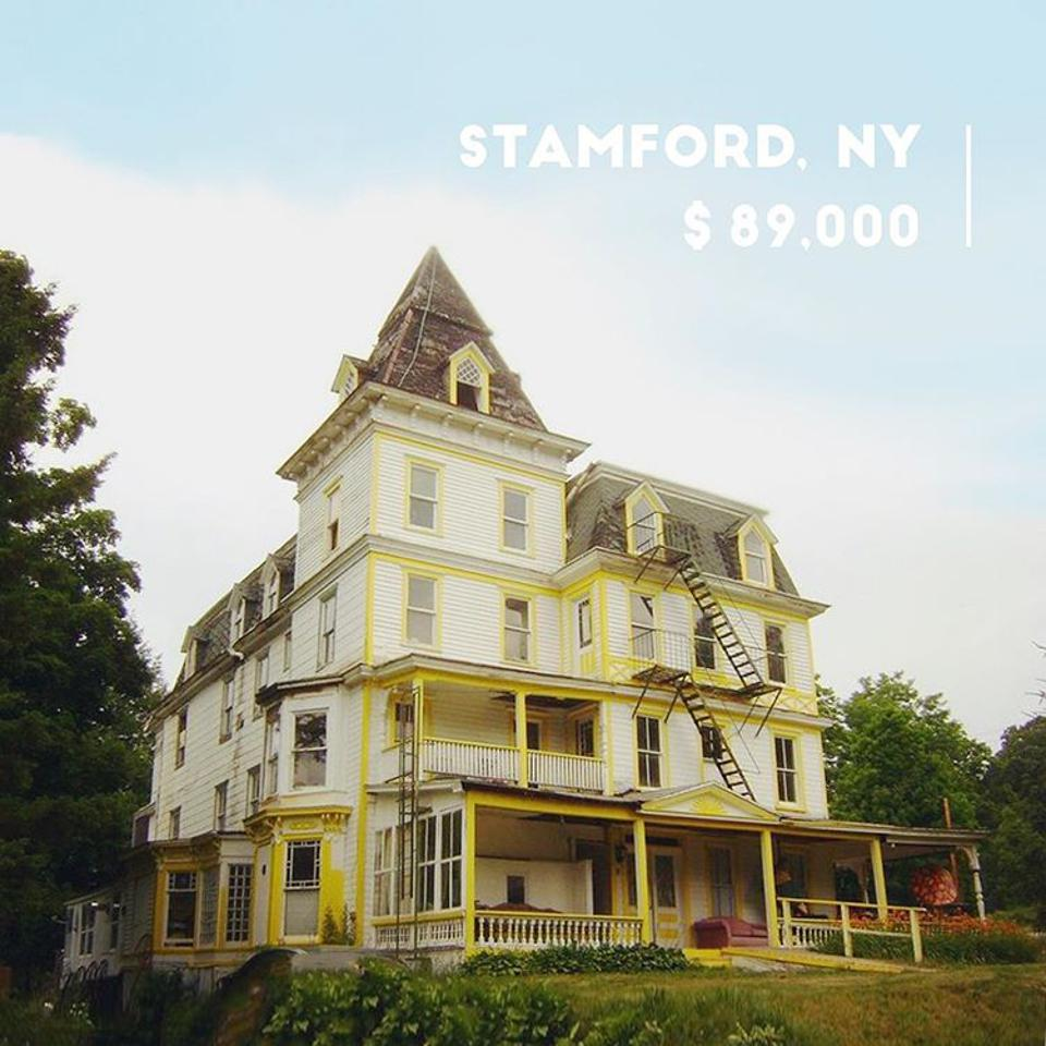 An 1890's former hotel with over 10,000 square feet and 40+ rooms.