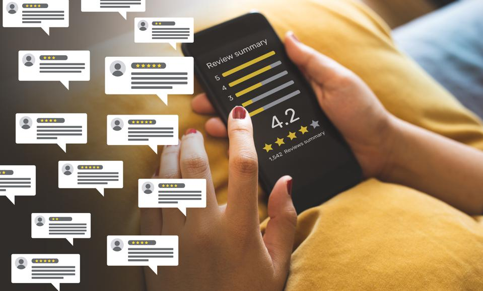 Consumer reviews concepts with bubble people review comments and smartphone. rating or feedback for evaluate.