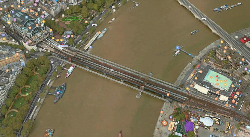 A screengrab of Apple Maps's view of London.