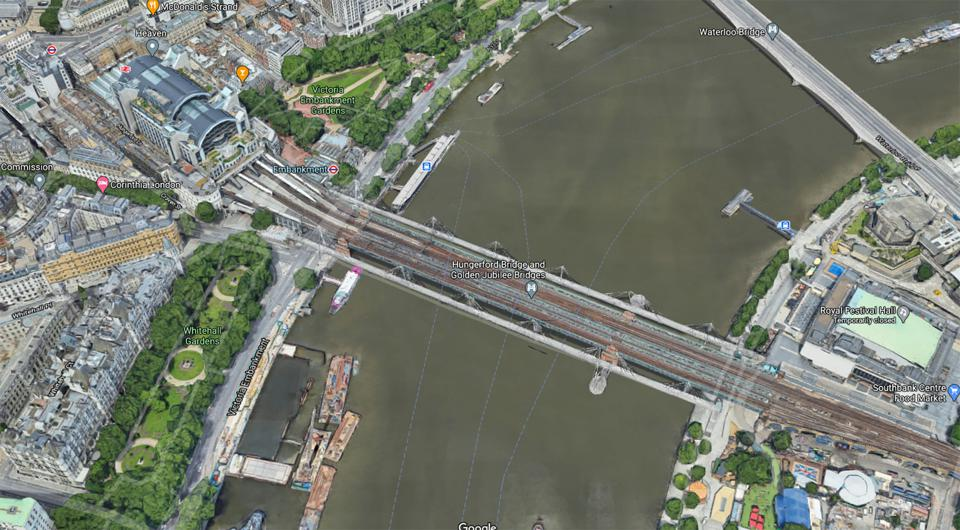 A screenshot from Google Maps's rendition of London's Southbank.
