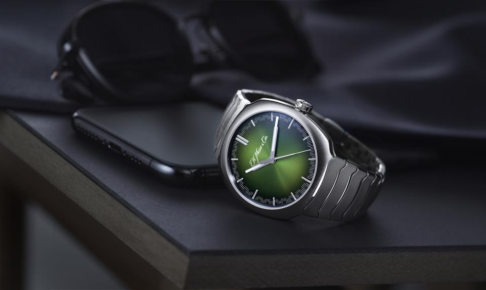 H. Moser  & Cie. Streamliner Center Seconds watch, Geneva Watch Days