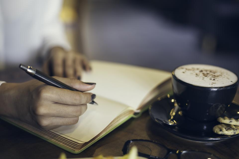 Six Steps to Create a Story Your Audience Will Really Connect With