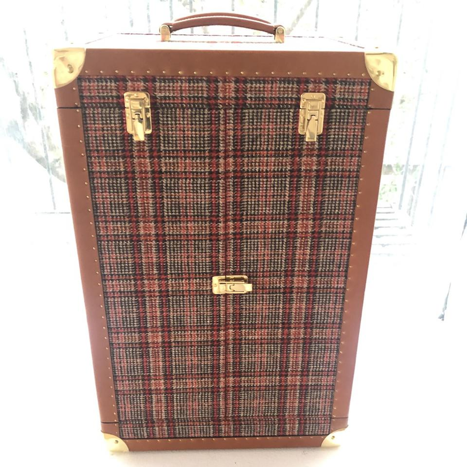 An early Negroni Trunk prototype made with Fox Brothers tweed and the Moroccan company