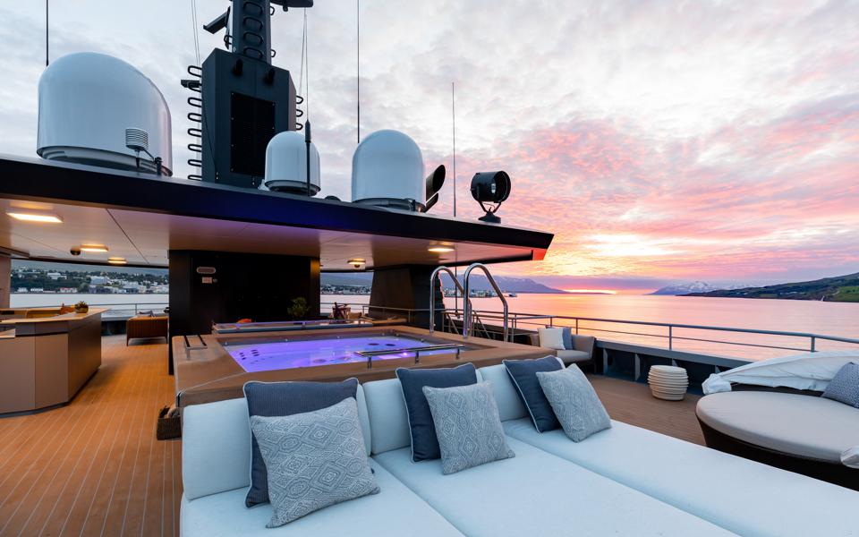 The jacuzzi on the top deck of the Burgess charter explorer yacht Ragnar