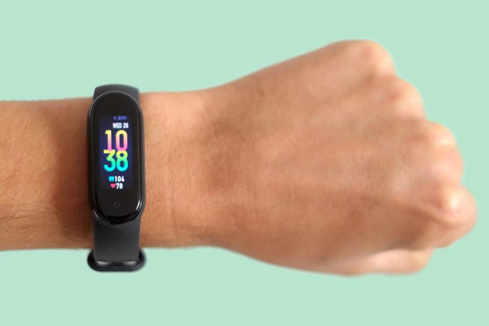 Xiaomi Mi Smart Band 5 Review: $50 Fitness Tracker With Stacks Of Features
