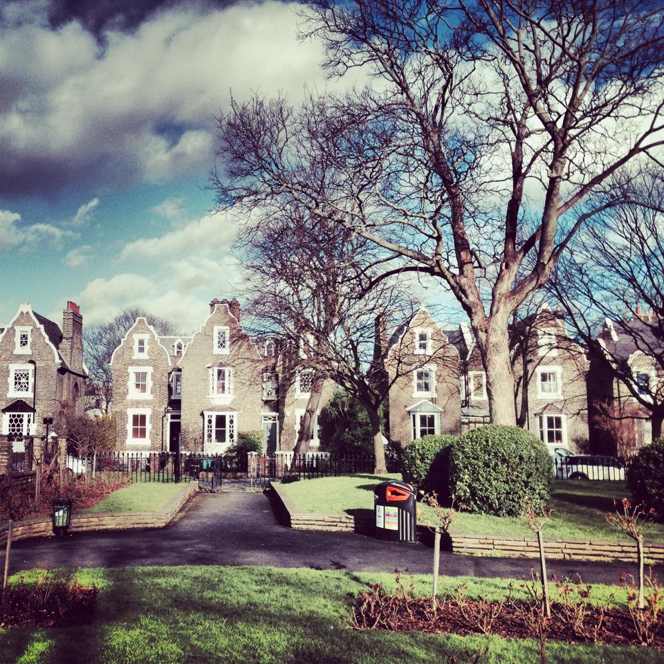 UK, London, Borough of Hackney, De Beauvoir Town and Islington park, Houses