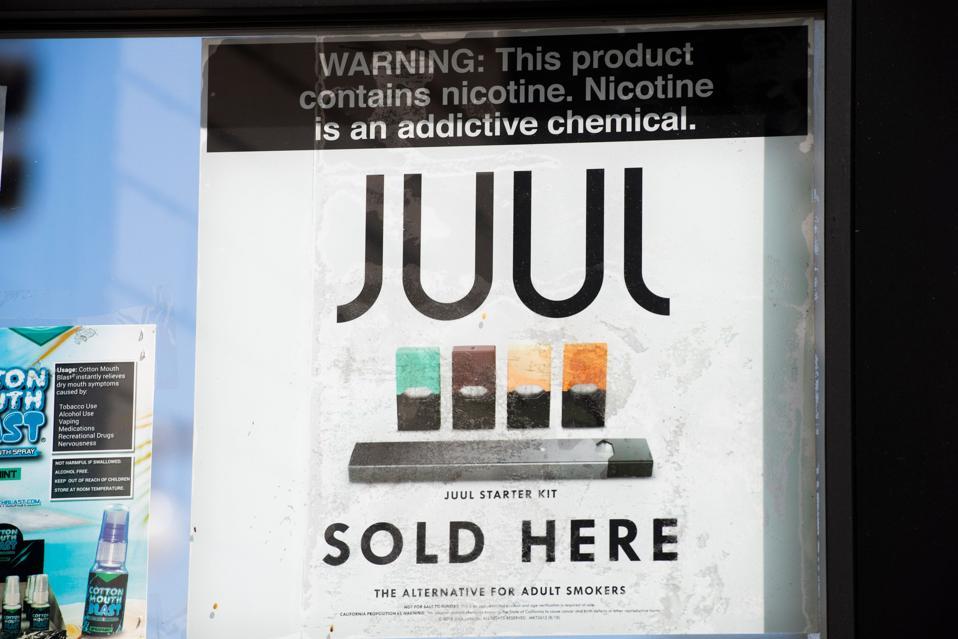 福布斯:禁止合法电子烟才是造成电子雾化肺病的源头