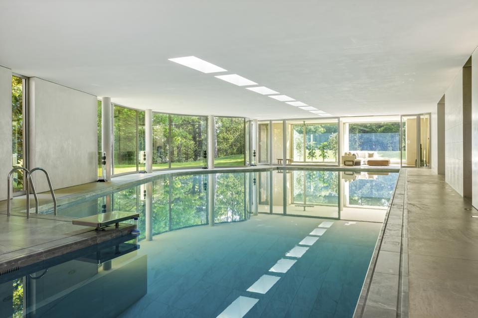 The 18m indoor pool