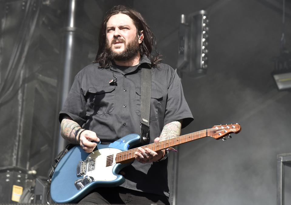 Seether's Shaun Morgan Talks Eighth Studio Album And Spotify's 'Disgusting'  Payment Disparities