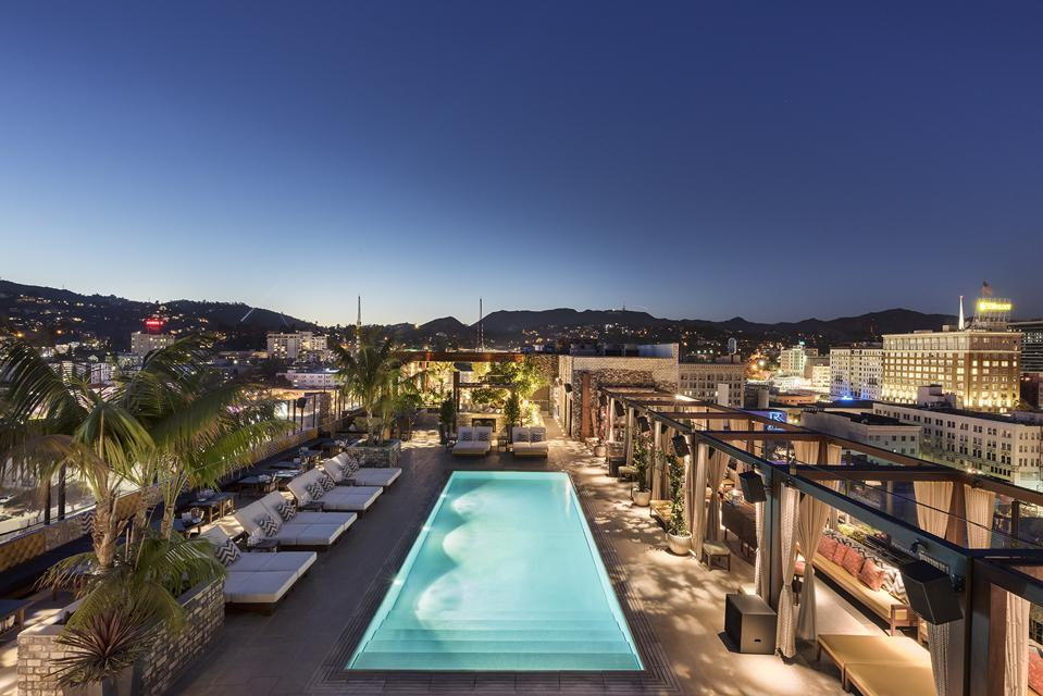 Dream Hollywood pool