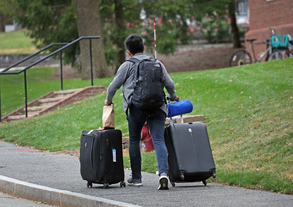 University Students Move Back On Campus