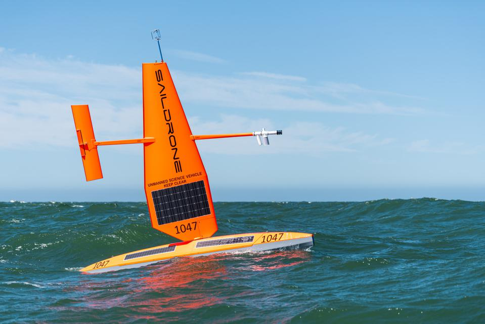 Unmanned, autonomous scientific monitoring vessels such as Saildrone, could have allowed a much greater area to be surveyed at a significantly lower cost than traditional approaches to an oil spill