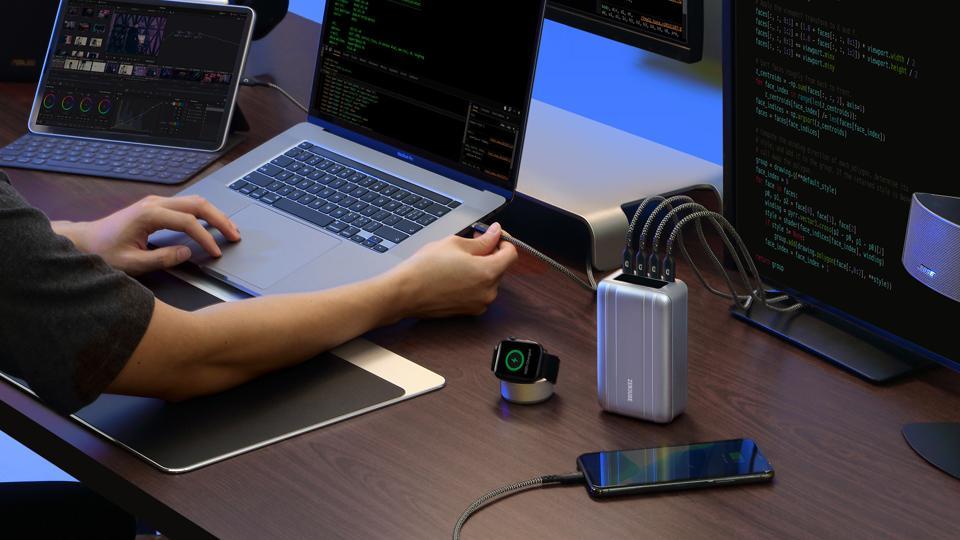 Zendure SuperTank Pro on a desk powering devices