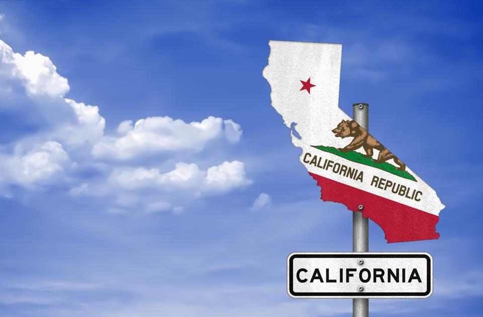 New bill seeks to continue taxing Californians even after they leave the state.