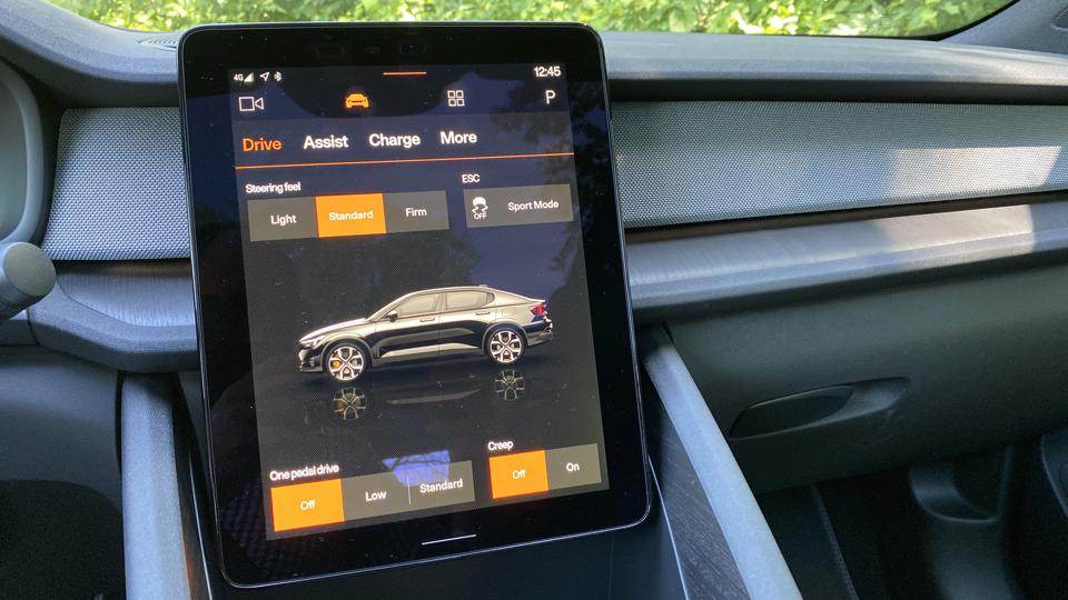 Polestar 2 Infotainment screen showing drive modes.
