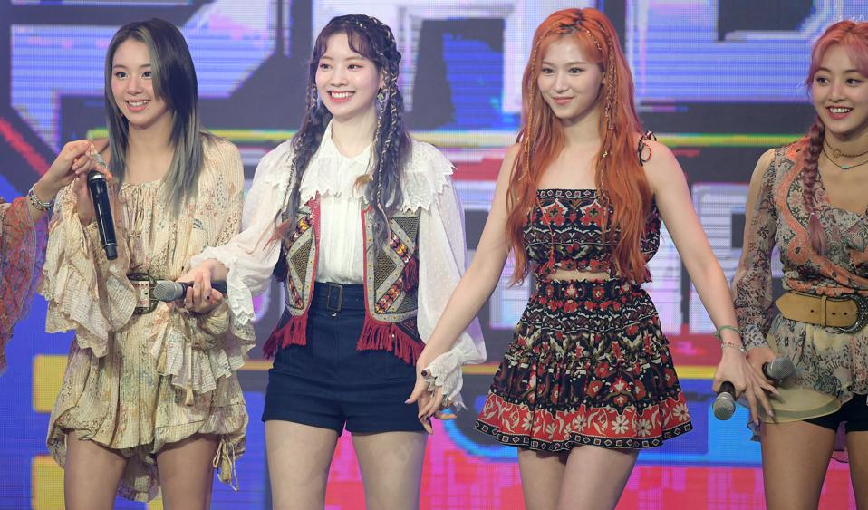 MBC Music Channel 'Show Champion' Live Broadcast