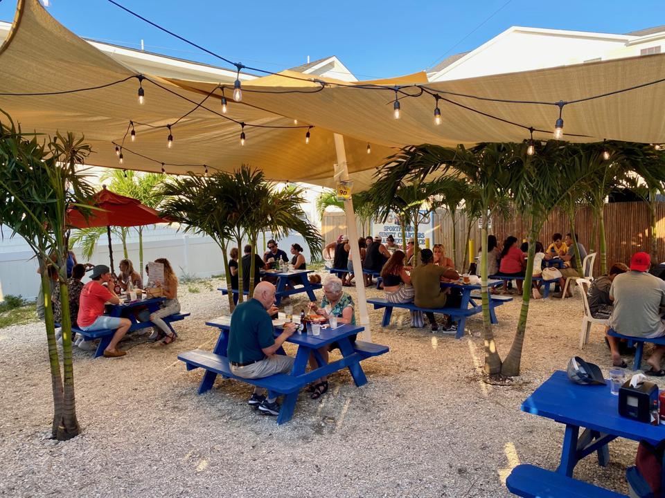 The Surfing Pig restaurant The Wildwoods covid pandemic coronavirus beach vacation