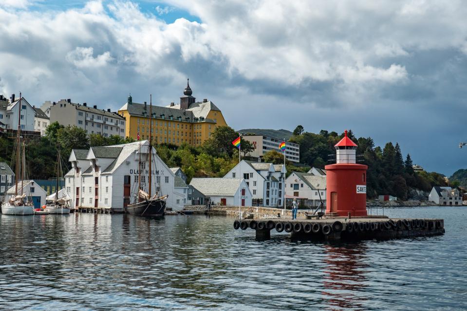 Molja Lighthouse In Alesund