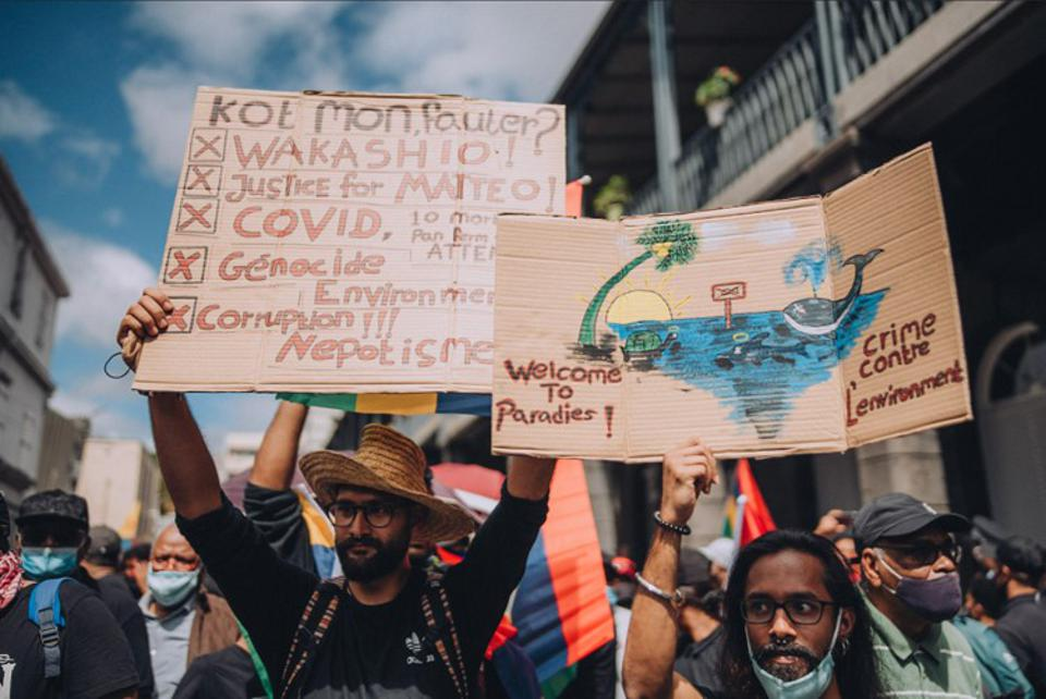 29 August 2020: protestors in Mauritius are angry at how much disregard has been shown for the environment as well as the Government's reliance on external 'experts' when such talent was available within Mauritius
