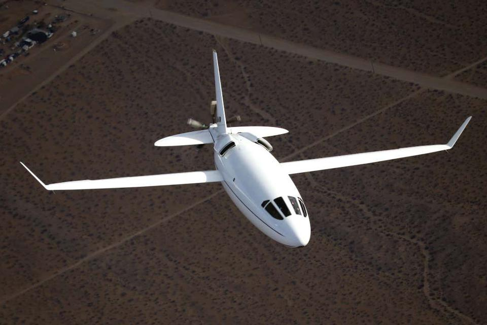 Otto Aviation's striking Celera 500L business aircraft prototype over the Mojave Desert.