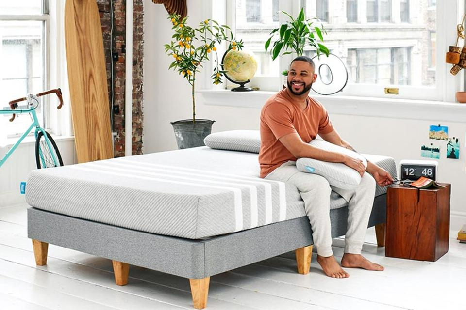 The Best Mattresses For Side Sleepers, According To Online Reviews