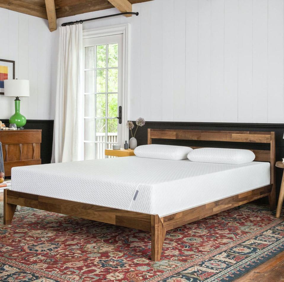 Tuft and needle memory foam mattress