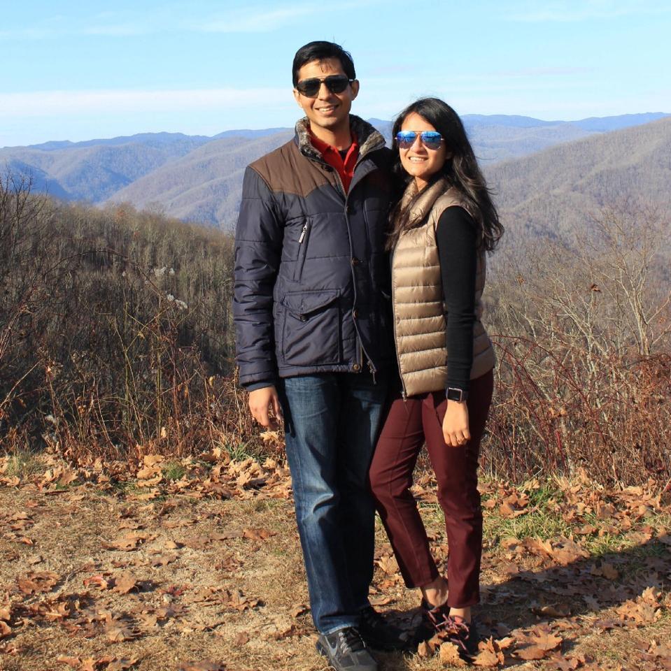 Cubii co-founders Arnav Dalmia and Shivani Jain.