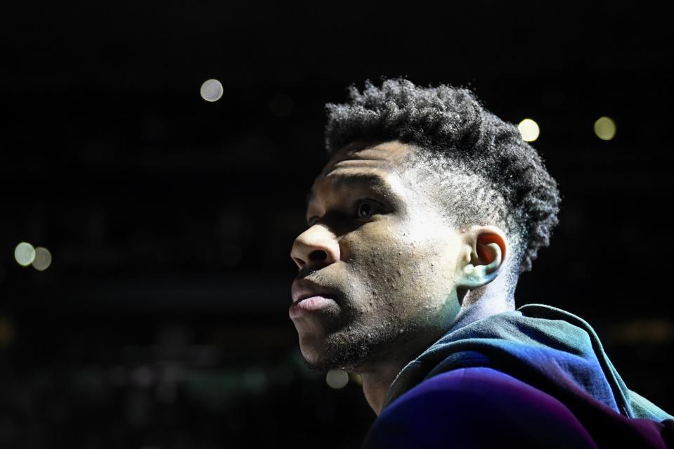 DENVER NUGGETS VS MILWAUKEE BUCKS, NBA REGULAR SEASON