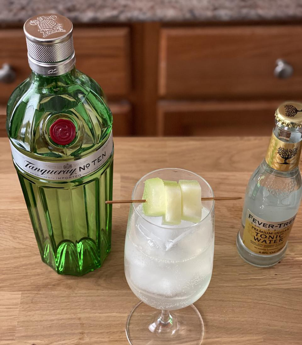 Muskmelon Tanqueray and Tonic_Easy Cocktail Recipes