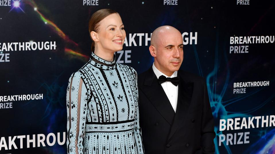 2020 Breakthrough Prize - Red Carpet