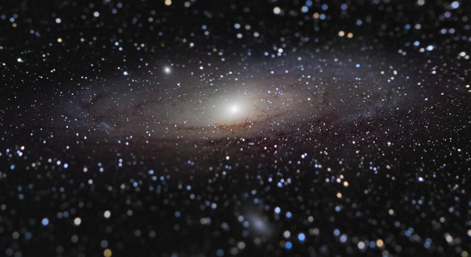 Nicolas Lefaudeux 'Andromeda galaxy at a distance?'