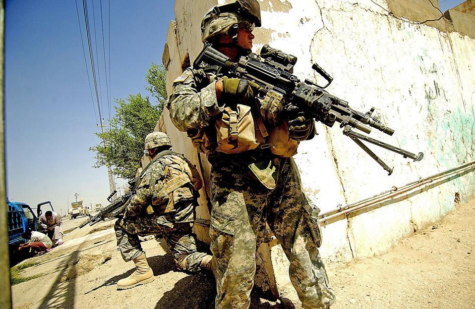 U.S. soldiers, foot patrol, Iraq