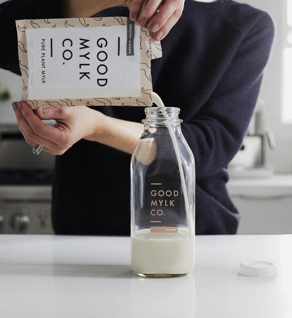 Goodmylk, the first of-its-kind homemade plant-based milk.