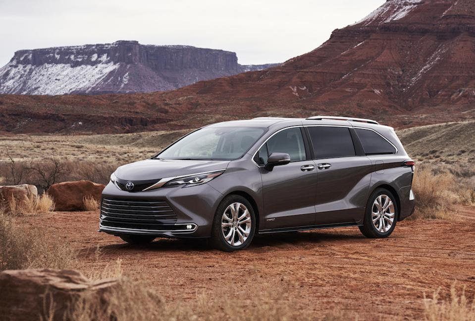 Toyota work with tech company Altair to lighten the 2021 Sienna.