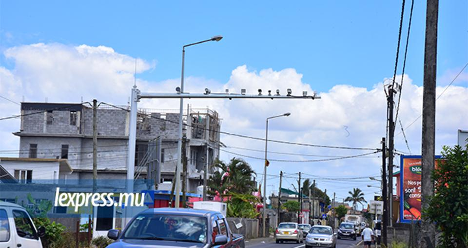 10 December 2018: 4000 smart traffic cameras were installed by Huawei in Mauritius